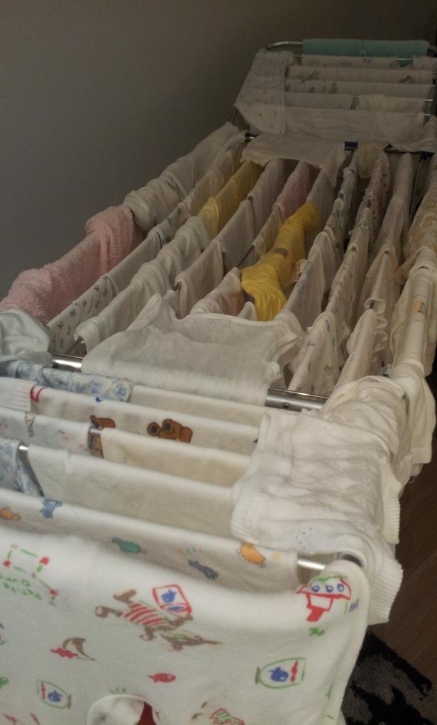 Una de las lavadoras que puse antes de que naciese Daniela, vivan los bodys!